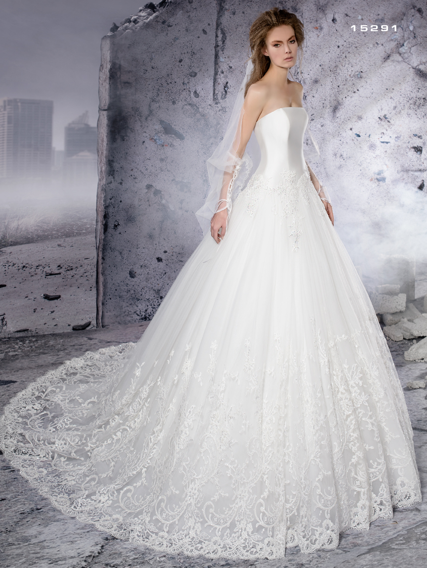 Abito da sposa Modello 15291 | Sogno di Sposa Marche